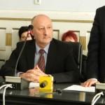 Prefectul judeţului Alba, Gheorghe Feneşer este preocupat de situaţia asistenţilor maternali