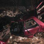 Trei bărbați au decedat, iar altul e grav rănit, după ce o mașină a intrat într-un TIR la ieșirea din Sighișoara