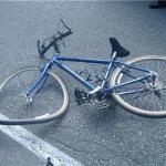 Biciclist rănit în urma unui accident de circulație produs pe strada Aron Pumnul, din Blaj
