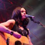 Aproximativ 10.000 de persoane au asistat la concertul susținut, la Blaj aLive 2017, de artista britanică Amy Macdonald