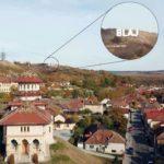 Autoritățile locale din Blaj intenționează să scrie cu litere uriașe numele orașului pe dealul de sub Crucea lui Iancu