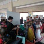"""Scenetă, poezii dedicate fructelor și legumelor, cântece, jocuri și expoziții la """"Carnavalul Toamnei"""", organizat la Clubul Copiilor din Blaj"""