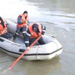 Echipajele de pompieri au recuperat trupul tânărului înghițit ieri de Râul Târnava în zona Valea Lungă