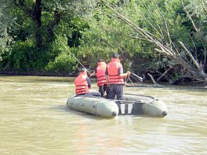 Intervenție a pompierilor militari pentru recuperarea, din râul Târnava Mică, a cadavrului unei femei din Blaj, dispărută de trei luni