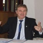 """Deputatul Clement Negruţ declară: """"Nu sunt presiuni din partea colegilor privind alegerile pentru şefia PDL"""""""