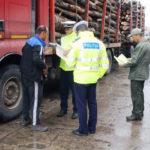 Bărbat din Mihalț cercetat penal după ce a fost surprins de DJ 107B la volanul unui tractor neînmatriculat cu care transporta material lemnos fără acte de proveniență