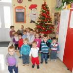 """Copiii de la Centrul zi pentru antepreşcolari """"Sfânta Irina"""" din Blaj aşteaptă cu nerăbdare Sfânta Sărbătoare a Naşterii Domnului"""