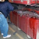 Trei tineri din Blaj care încercau să sustragă combustibil din rezervorul unui camion, surprinși în flagrant de polițiști