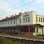 """Gara """"Câmpul Libertății"""" nu se desființează după finalizarea lucrărilor de modernizare a căii ferate pe tronsonul Valea Lungă – Coșlariu"""