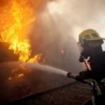 Intervenție a pompierilor militari din Blaj pentru stingerea unui incendiu izbucnit la coșul de fum al unui imobil situat pe strada Lungă