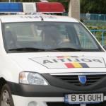Un tânăr din Sâncel fără permis de conducere s-a răsturnat cu mașina și apoi a fugit de la locul accidentului