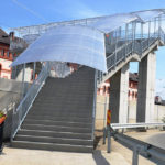 """A fost dată în folosință noua pasarelă peste calea ferată din zona Liceului Tehnologic """"Timotei Cipariu"""" din Blaj"""