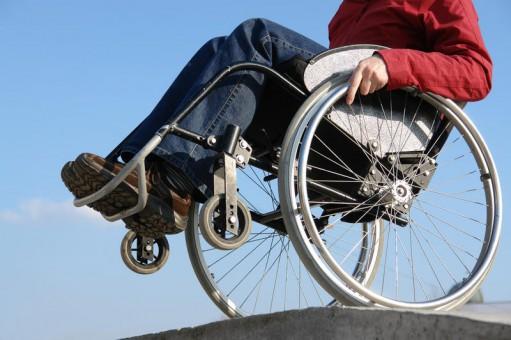 Proprietarii de locuințe refuză serviciile de chirie persoanelor cu dizabilităti