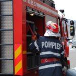 Intervenție a pompierilor militari din Blaj pentru stingerea unui incendiu izbucnit la un imobil situat pe strada Plopilor
