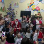 """Sărbători binecuvântate şi pentru copiii de la Centrul zi """"Sfânta Irina"""", din municipiul Blaj"""