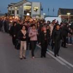 """Paradă cu torţe, călăreţi şi cântece patriotice la """"Sărbătoarea Libertăţii"""" de la Blaj"""