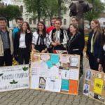 """Elevii de la Liceul Tehnologic """"Ștefan Manciulea"""" din Blaj au vizitat Unitatea de Pompieri din oraș și au participat la """"Marșul Cărților"""""""