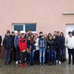 """Un grup de elevi de la Liceul Tehnologic """"Ștefan Manciulea"""" din Blaj, în vizită la o fermă zootehnică din Mănărade"""