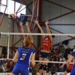 """Echipa din """"Mica Romă"""" a câștigat derby-ul pentru semifinale:  Volei Alba-Blaj – CSM București 3-1"""